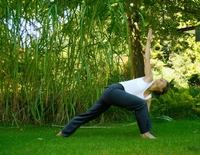 Luna-Yoga im Park