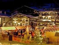 Adventsmarkt am Dorfplatz mit anschließendem Adventskonzert