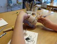 Kinderprogramm: Keramik bemalen im Atelier