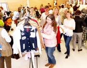 Tauschen statt kaufen - Kleidertauschbörse