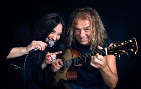 Gimplkeller: Duo Peter Autschbach & Samira Saygili