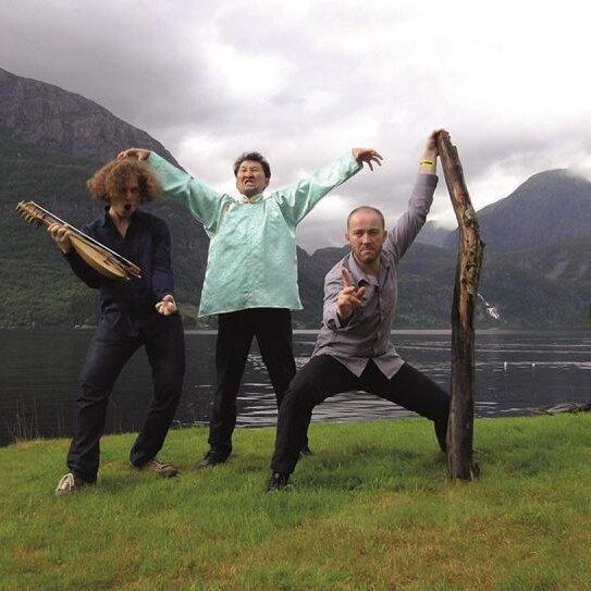 "Gitarrenfestival ""Saitensprünge"": Violons Barbares (FRA, MN, BG)"
