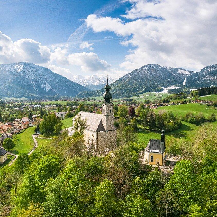 Schöpfung erleben - den Atem Gottes spüren - Berggottesdienst bei der Bergwachthütte am Unternberg