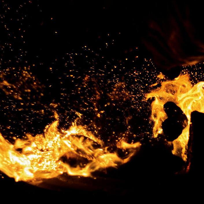 Abend am Lagerfeuer mit Grillmöglichkeit