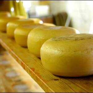 """""""Einischaun"""" bei der Butter- und Käsezubereitung"""