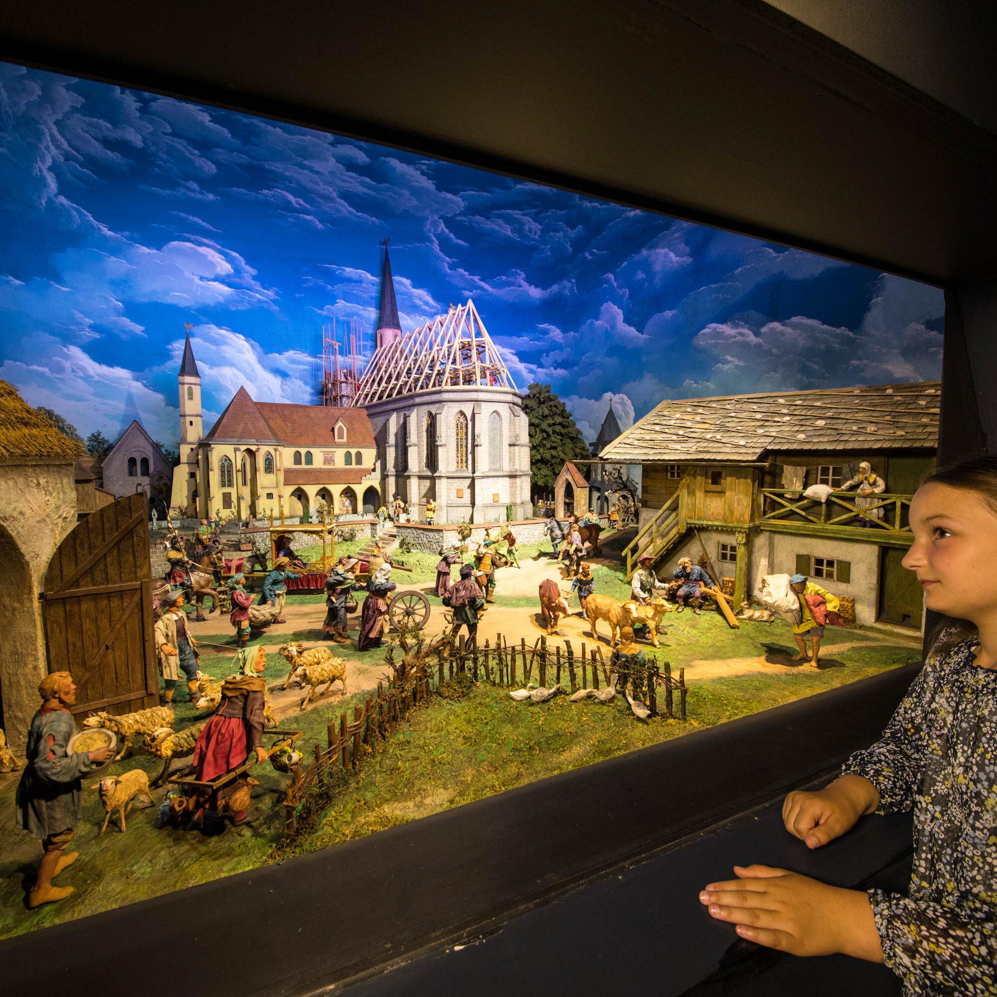 Museum: Altöttinger Marienwerk - Dioramenschau und Marienfilme