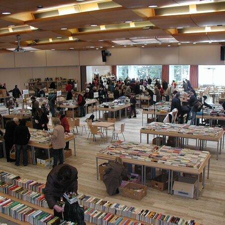 Lions-Club Traunstein - Bücher- & Flohmarkt