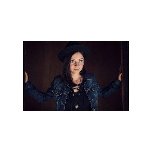 Kirchenkonzert mit Nadine Fingerhut & Band