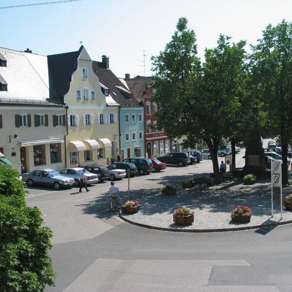 Jahresausflug nach Vilsbiburg zum Apfelhof der Familie Huber