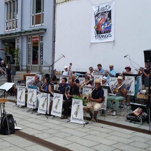 "Frühschoppenkonzert mit ""JuzztFriends - Die Rosenheimer BigBand"""