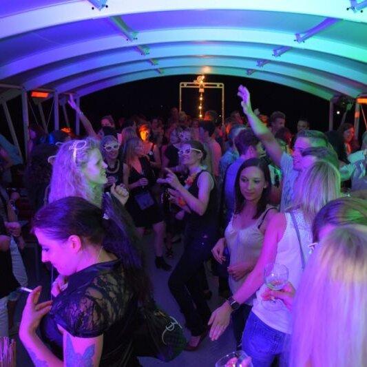 Rock the boat # 1 Die Party Nr. 1  auf dem Bayerischen Meer
