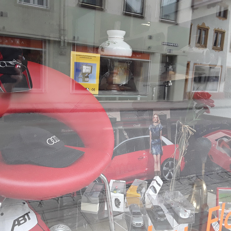 Karlis Schatztruhe Flohmarktladen