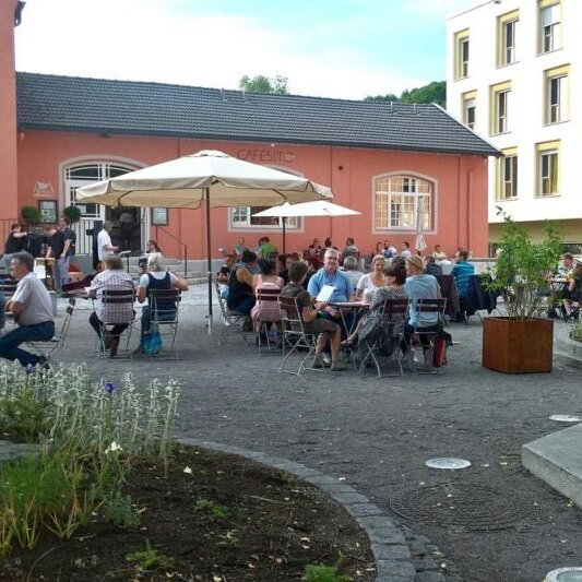 Cafesito Concerts mit  Rubber Soul Connection
