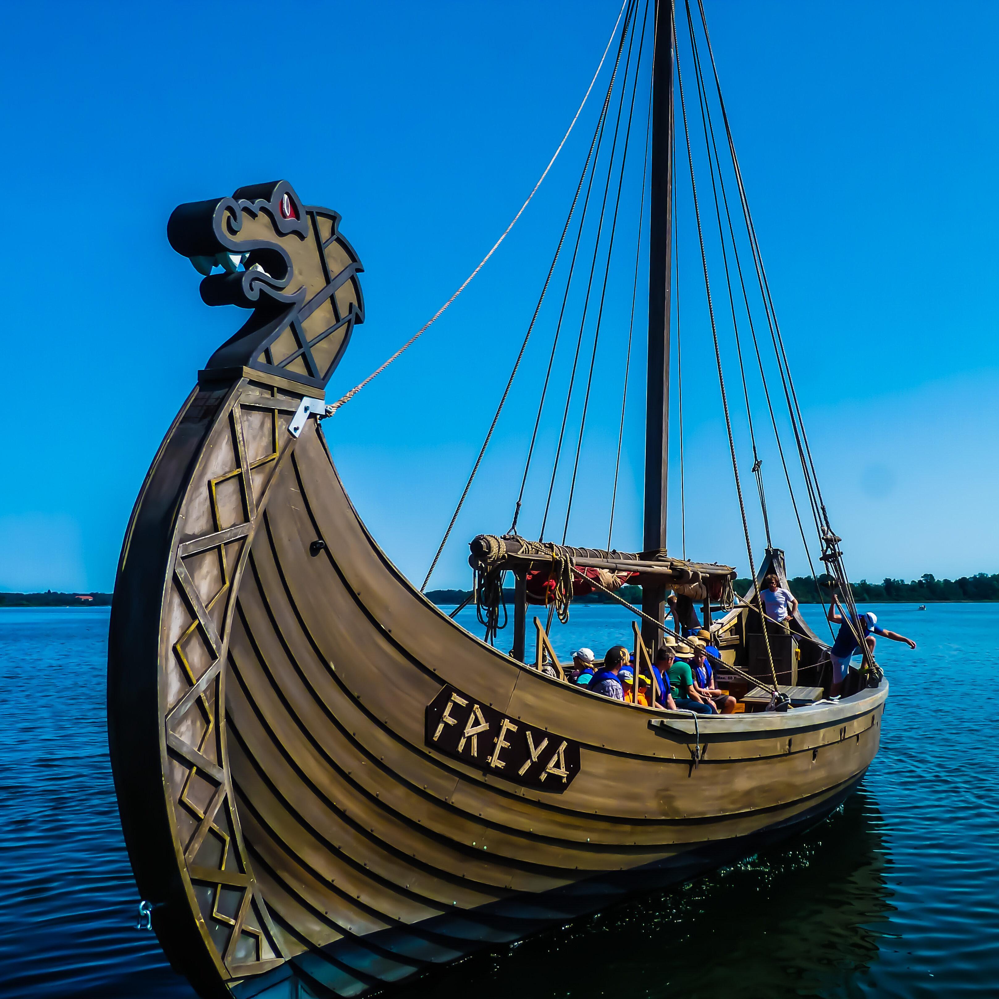Fahrt mit dem originalen Wikingerschiff FREYA