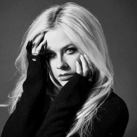 Avril Lavigne | Head Above Water Tour 2020 - WIRD VERSCHOBEN