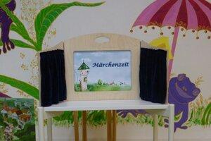 """Märchenzeit """"Die Bienenkönigin"""""""