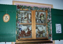 10. Adventskalender-Rundweg - ein kleiner Dorfspaziergang - um 16:30 Uhr Eröffnung