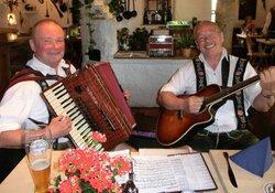 Stubenmusik im Landhotel zum Metzgerwirt mit Sepp & Wiggerl