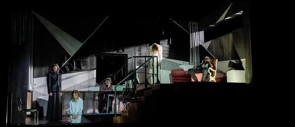 Drei Schwestern | Arno Declair