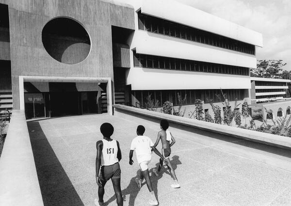 University of Ife in Ile-Ife, Nigeria | Architekten: Arieh Sharon, Eldar Sharon und Harlod Rubin | Foto: © Arieh Sharon digital archive