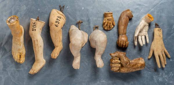 Abformungen von Körperteilen (Schulmodelle des Kunstgewerbemuseums), Mastermodelle/Gips, 1870er- bis 1890er-Jahre | © Staatliche Museen zu Berlin, Gipsformerei / Foto: Philip Radowitz