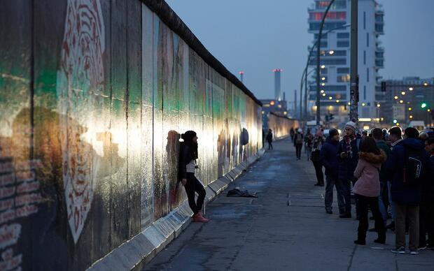 30 Jahre Mauerfall: Die Geschichte der East Side Gallery