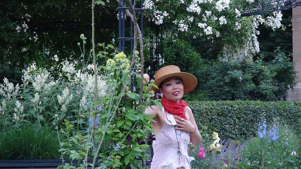Serenade by Moon – Ein musikalischer Abendspaziergang im Großen Tiergarten mit Moon Suk (Sopran)