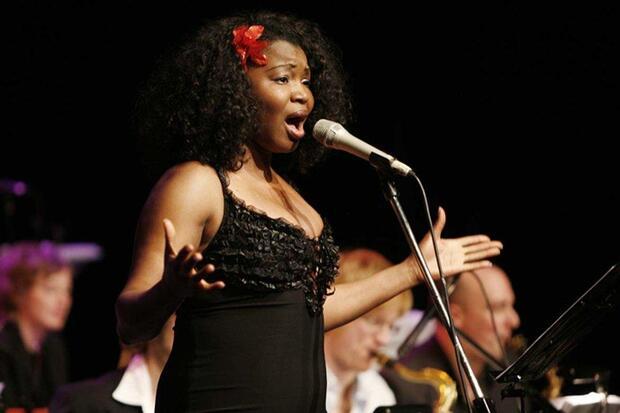 Zig Zag Latin Jazz All Stars feat. Mayelis Guyat (voc)