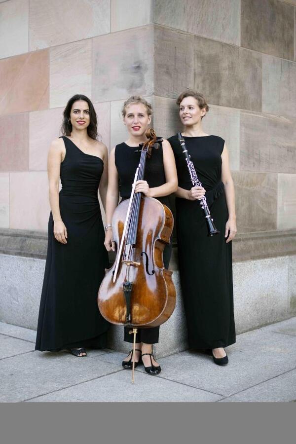 Trio Contour | Maximilian Glas