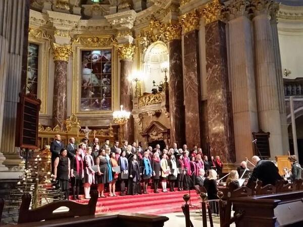 Diplomatic Choir im Dom | Diplomatic Choir Berlin