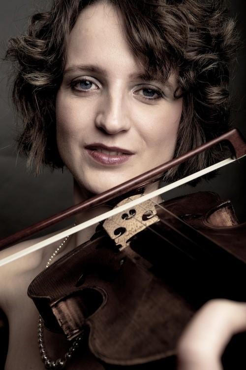 Eeva Reetta Laiho (Klavier), Jessica Thomas (Violine)