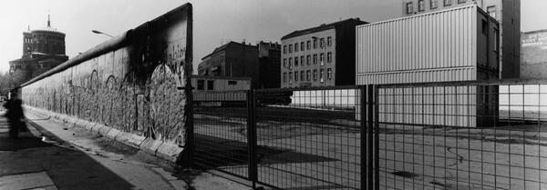 Mauer, 20.04.1990, 15.00 Uhr, Köpenicker Straße | Manfred Paul