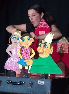 Theater Malinka - Der Teufel mit den drei Goldenen Haaren   Foto Kathrin Brunner