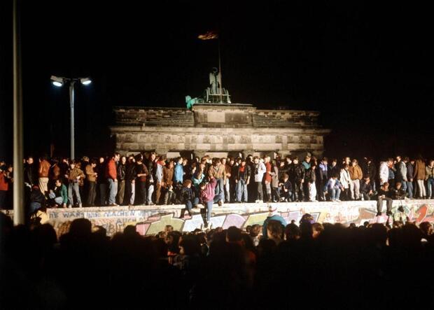 30 Jahre Friedliche Revolution – Mauerfall: Der Abend des 9. November: Konzerte mit der Staatskapelle Berlin, Ltg. Daniel Barenboim, Westbam u.a.