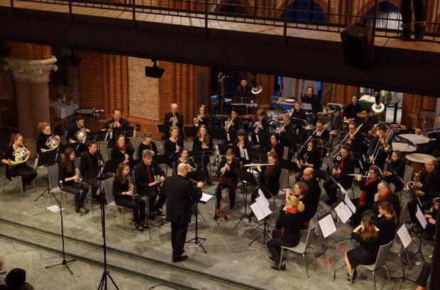 Wind-Or-Jester, Sinfonisches Blasorchester Berlin, Ltg. Thomas Lamp