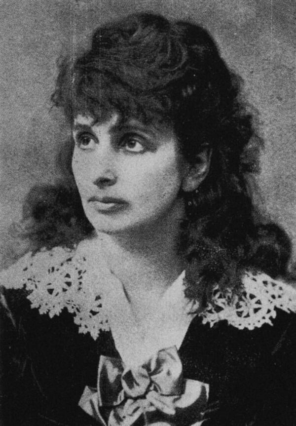 Hedwig Dohm im Jahre 1870 | Urheber unbekannt, Quelle: Maria Gagliardi / Adele Schreiber